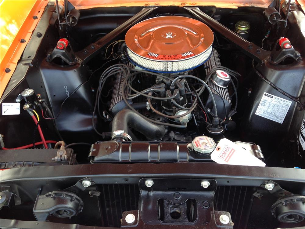 1965 FORD MUSTANG FASTBACK - Engine - 184405