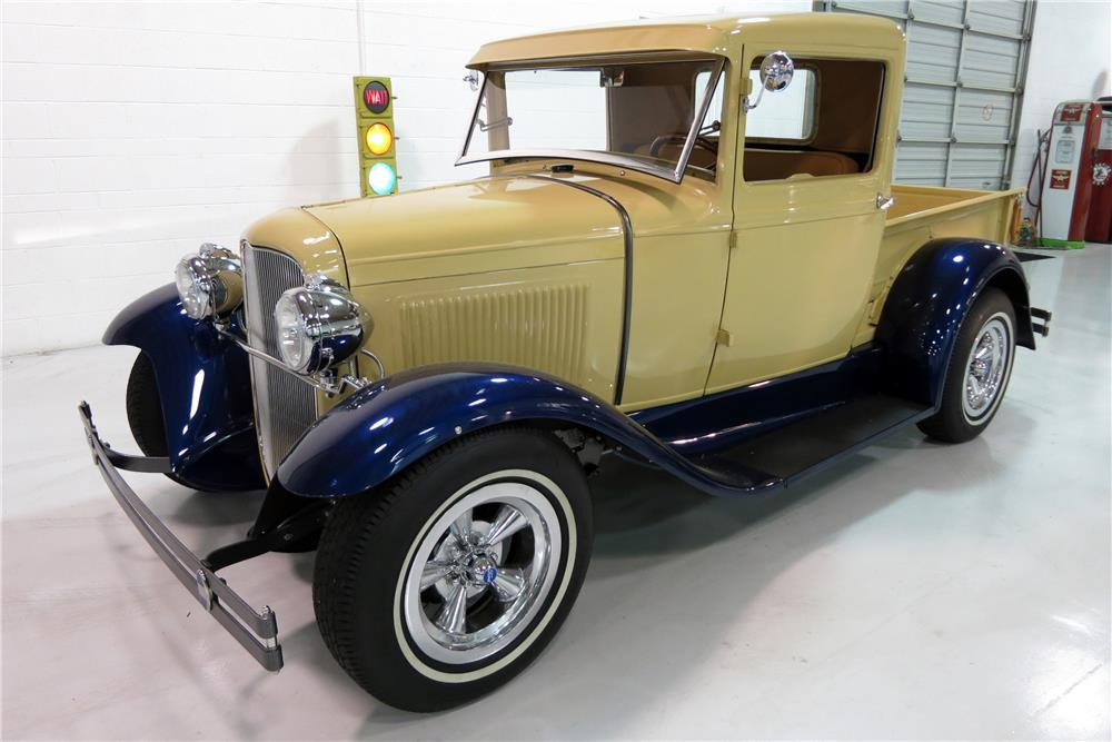 1931 FORD MODEL A CUSTOM PICKUP - Front 3/4 - 184423