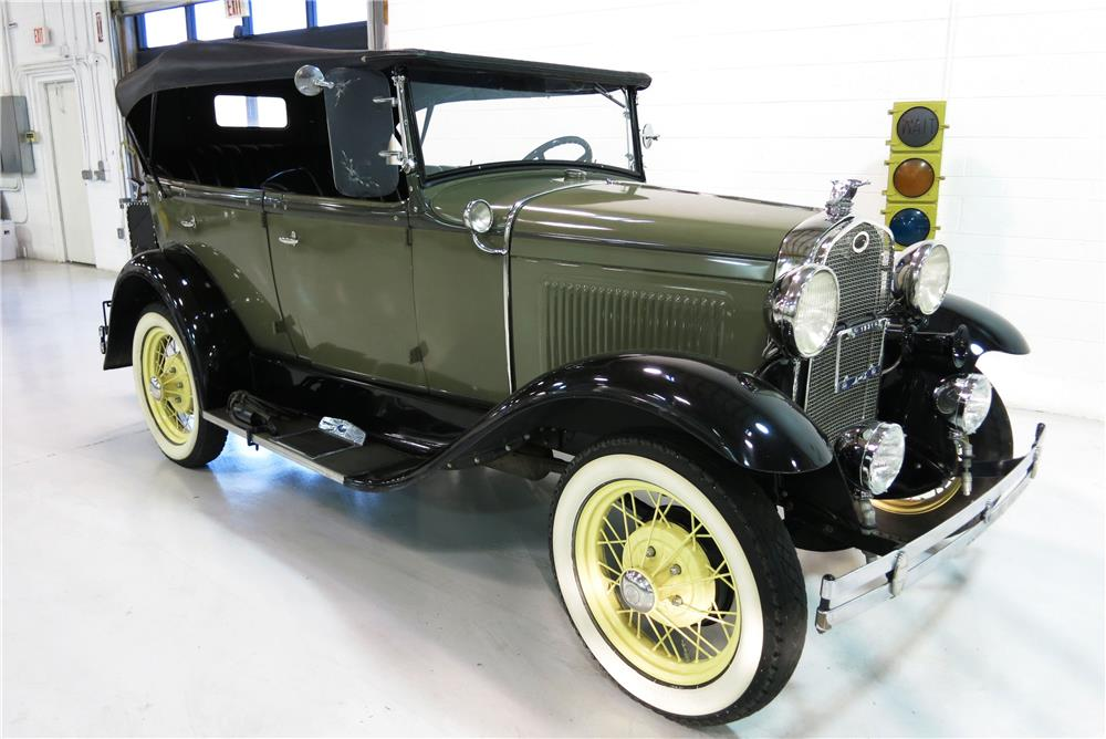1931 FORD MODEL A PHAETON - Front 3/4 - 184426