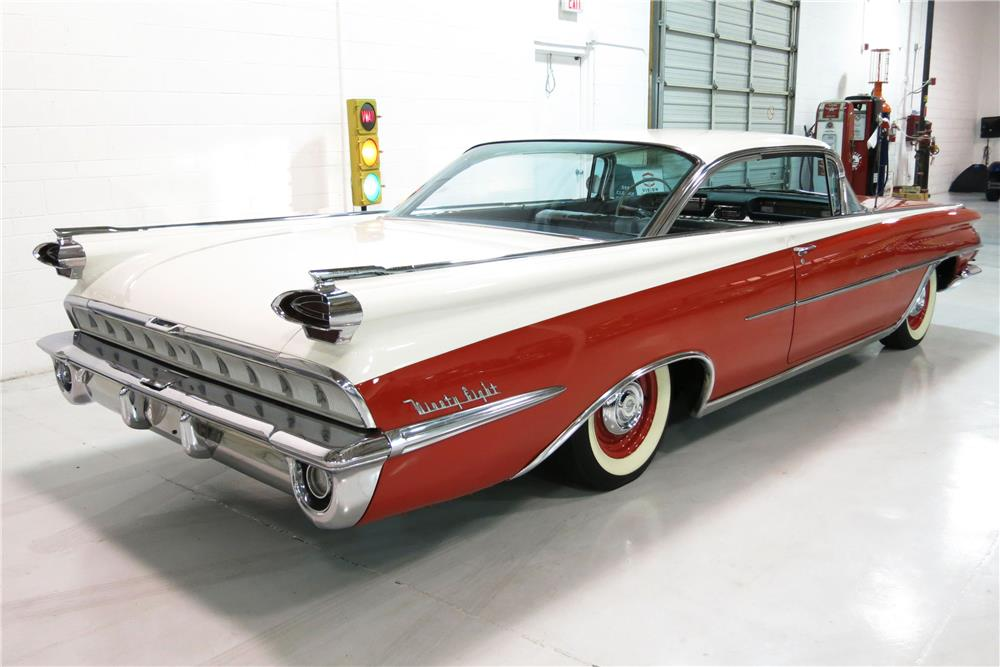 1959 OLDSMOBILE HOLIDAY 98 - Rear 3/4 - 184432