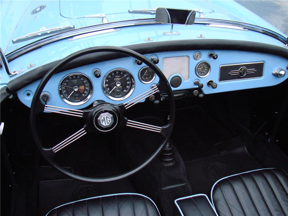 1960 MGA 1600 CONVERTIBLE - Interior - 184436