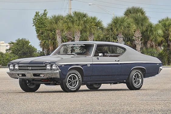 1969 CHEVROLET CHEVELLE SS - Front 3/4 - 184468
