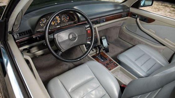 1988 MERCEDES-BENZ 560SEC CONVERTIBLE - Interior - 184519