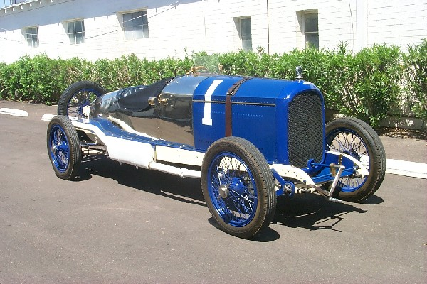 1920 PAIGE 6-66 5.4 LITER RECORD CAR - Front 3/4 - 18493