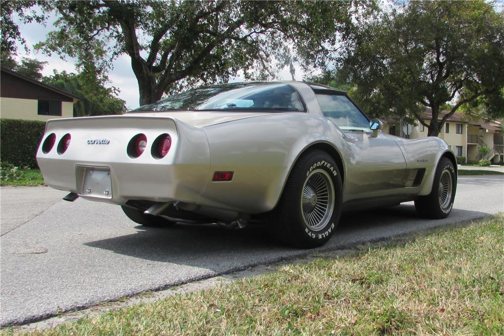 1982 CHEVROLET CORVETTE COLLECTOR'S EDITION - Rear 3/4 - 184963