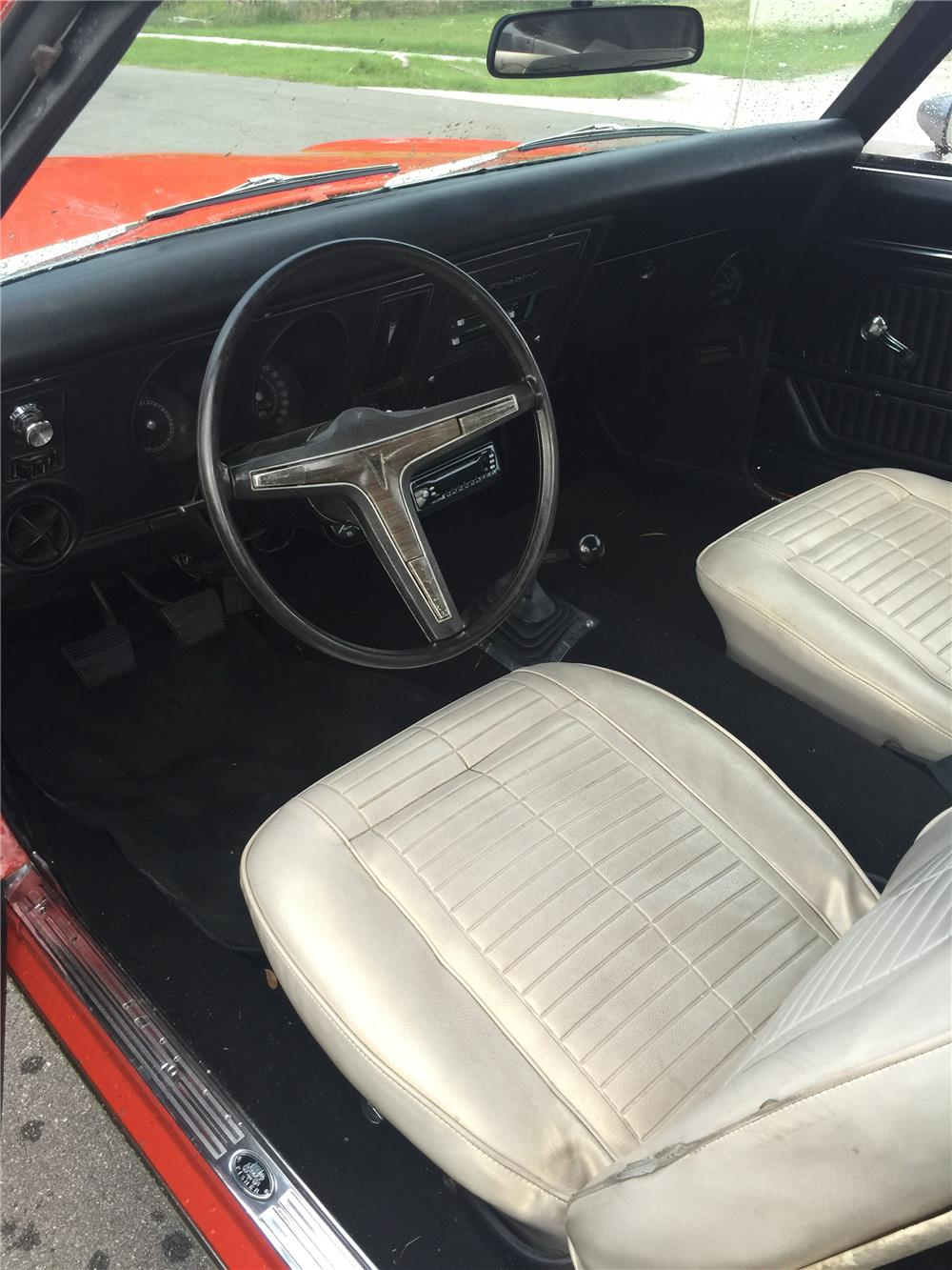 1969 PONTIAC FIREBIRD CUSTOM - Interior - 184964