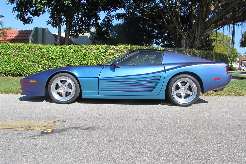 1985 CHEVROLET CORVETTE CUSTOM - Front 3/4 - 184965