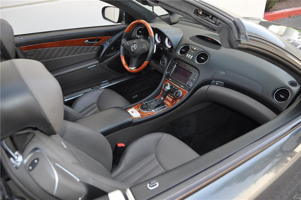 2009 MERCEDES-BENZ SL550 CONVERTIBLE - Interior - 184966