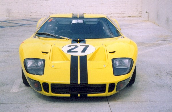 1966 FORD GT40 MK I COUPE - Side Profile - 18499