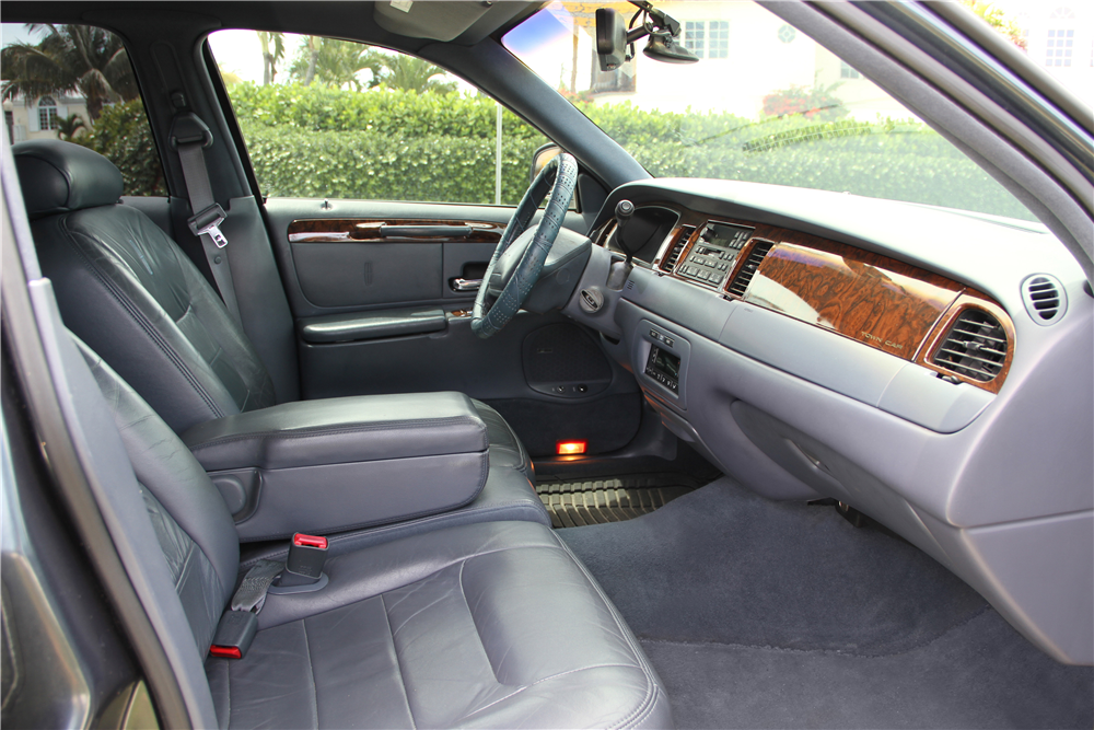 1998 Lincoln Towncar Custom 4 Door Sedan Interior 184991