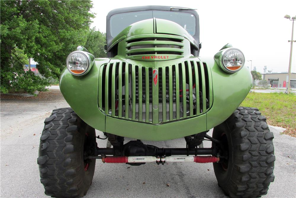 1941 CHEVROLET CUSTOM PICKUP - Front 3/4 - 185054