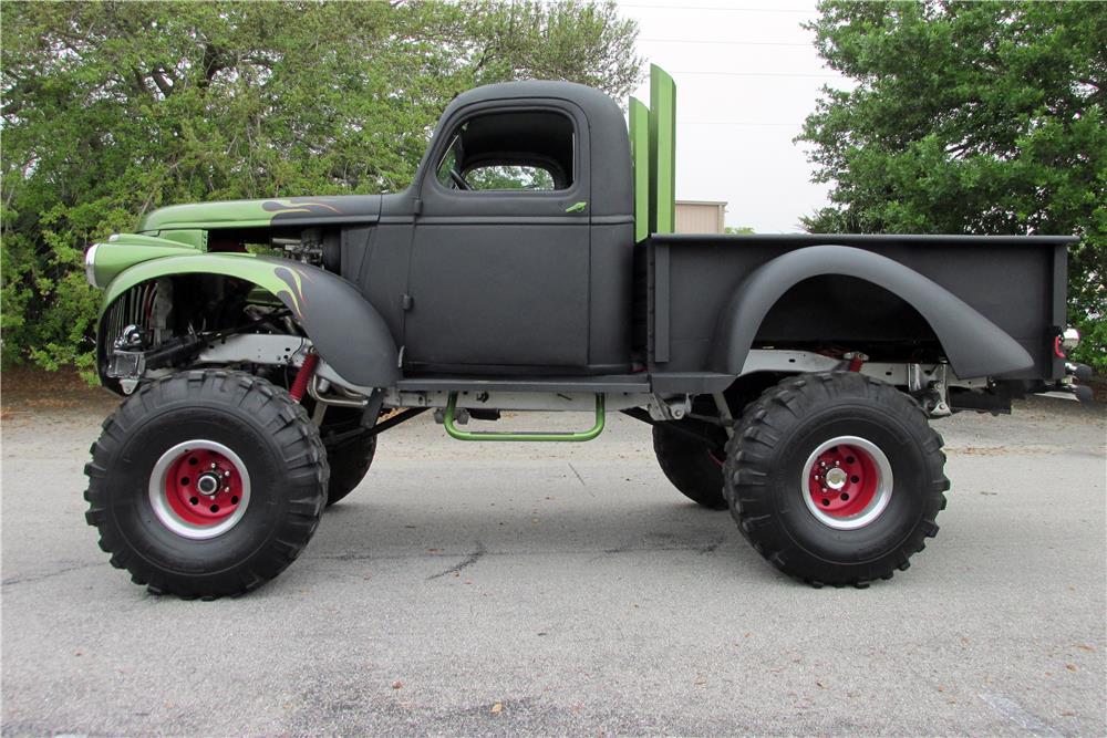 1941 CHEVROLET CUSTOM PICKUP - Side Profile - 185054