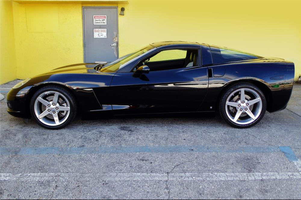 2006 CHEVROLET CORVETTE COUPE - Side Profile - 185079