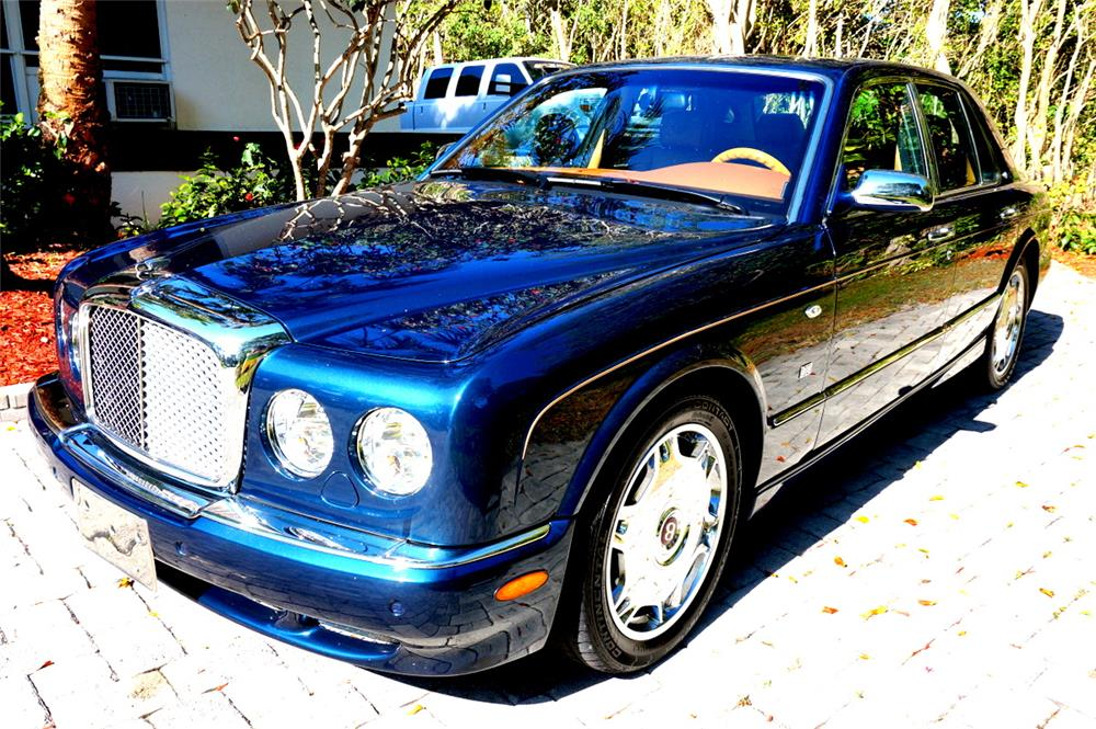 2006 BENTLEY ARNAGE R DIAMOND SERIES SEDAN - Front 3/4 - 185116