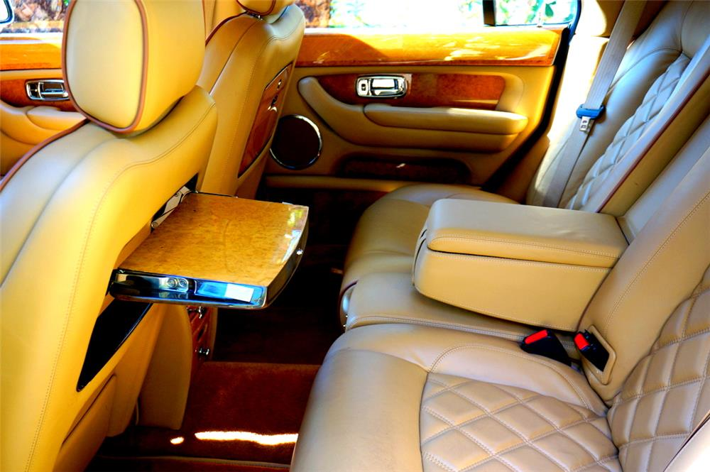 2006 BENTLEY ARNAGE R DIAMOND SERIES SEDAN - Interior - 185116