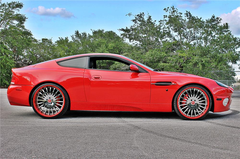 2003 ASTON MARTIN VANQUISH COUPE - Side Profile - 185117
