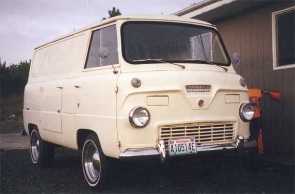 1962 FORD THAMES CARGO VAN - Front 3/4 - 18544