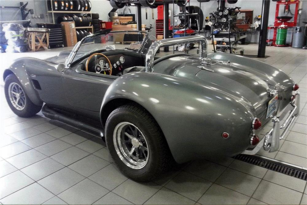 1965 SHELBY COBRA RE-CREATION - Rear 3/4 - 185462