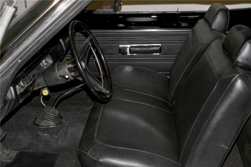 1969 PLYMOUTH ROAD RUNNER - Interior - 185492