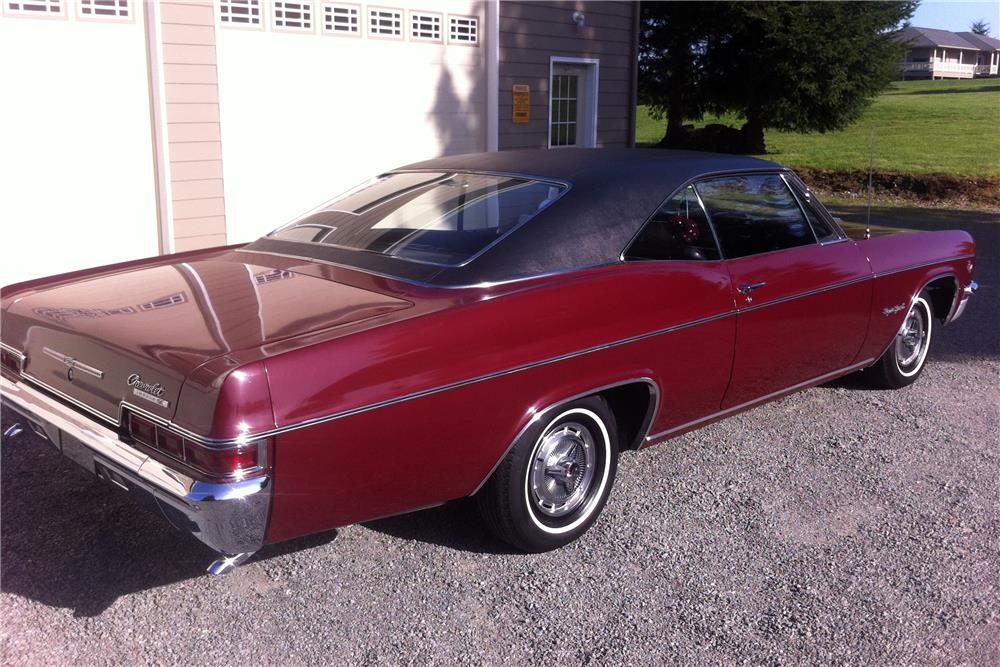 1966 CHEVROLET IMPALA SS - Side Profile - 185494