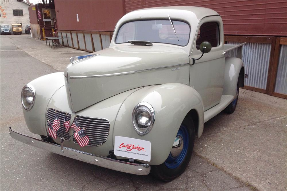 1940 WILLYS PICKUP - Front 3/4 - 185505