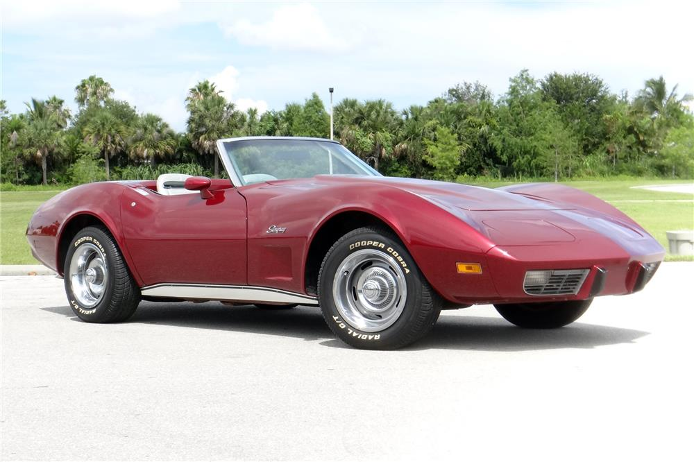 1975 CHEVROLET CORVETTE CONVERTIBLE - Front 3/4 - 185543