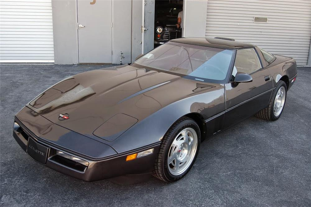 1990 CHEVROLET CORVETTE ZR1 - Front 3/4 - 185555