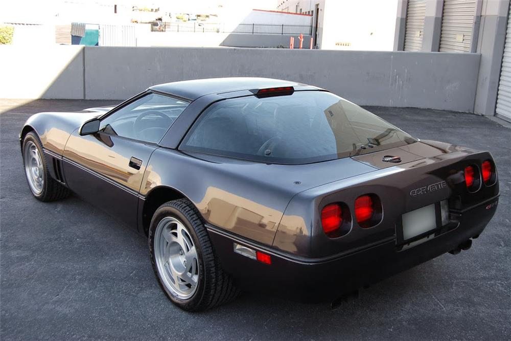 1990 CHEVROLET CORVETTE ZR1 - Rear 3/4 - 185555