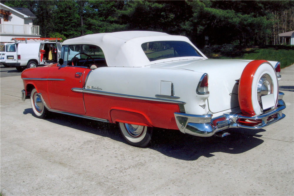 1955 CHEVROLET BEL AIR CONVERTIBLE - Rear 3/4 - 185561