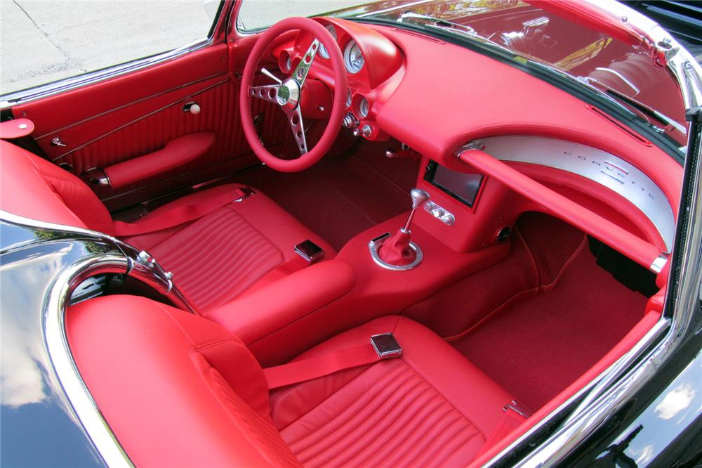 1962 CHEVROLET CORVETTE 430 CUSTOM CONVERTIBLE - Interior - 185563