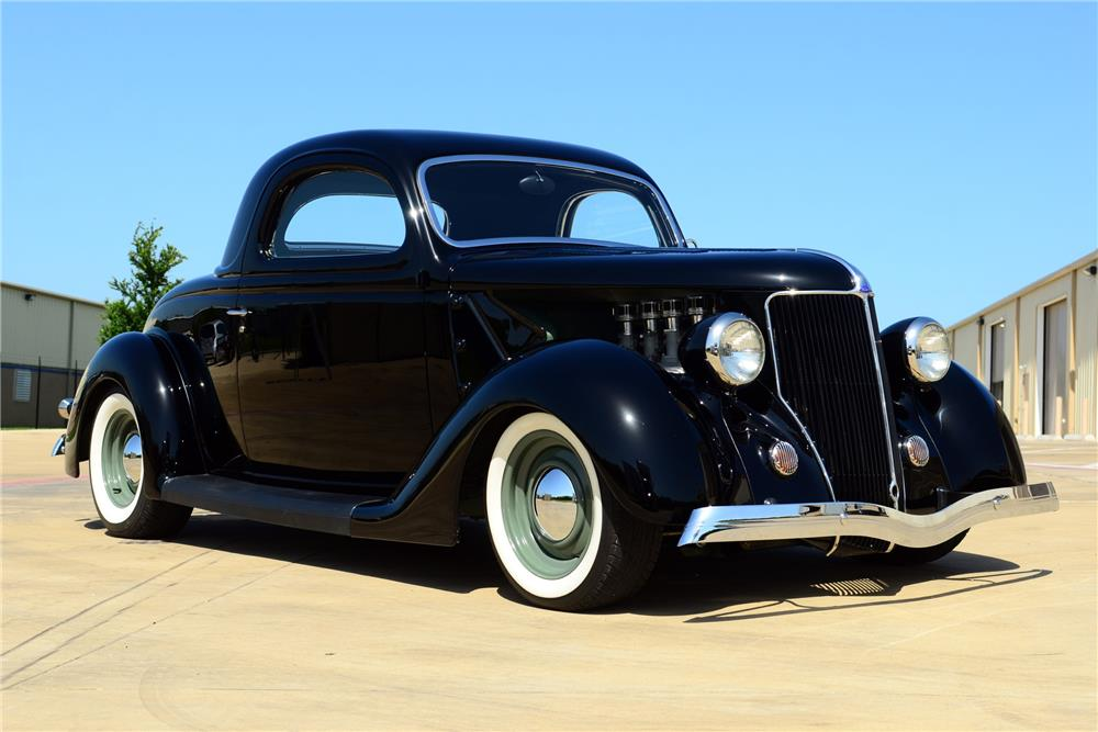 1936 FORD CUSTOM - Front 3/4 - 185571