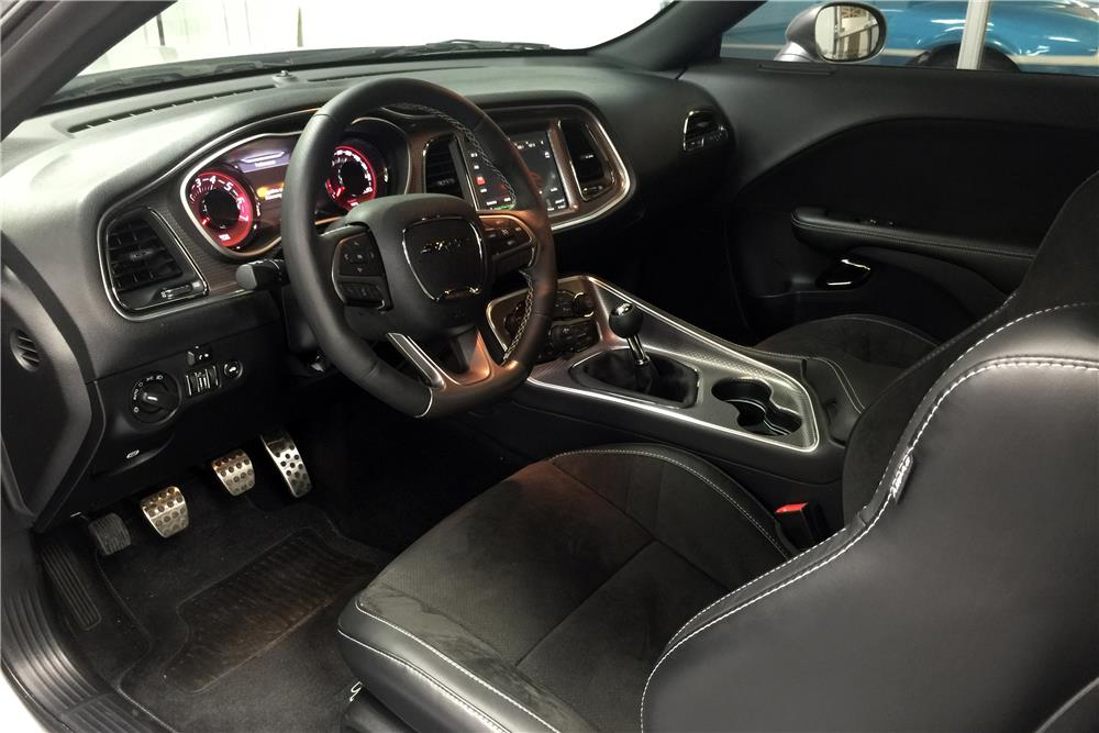 2015 dodge challenger srt hellcat 185579. Black Bedroom Furniture Sets. Home Design Ideas