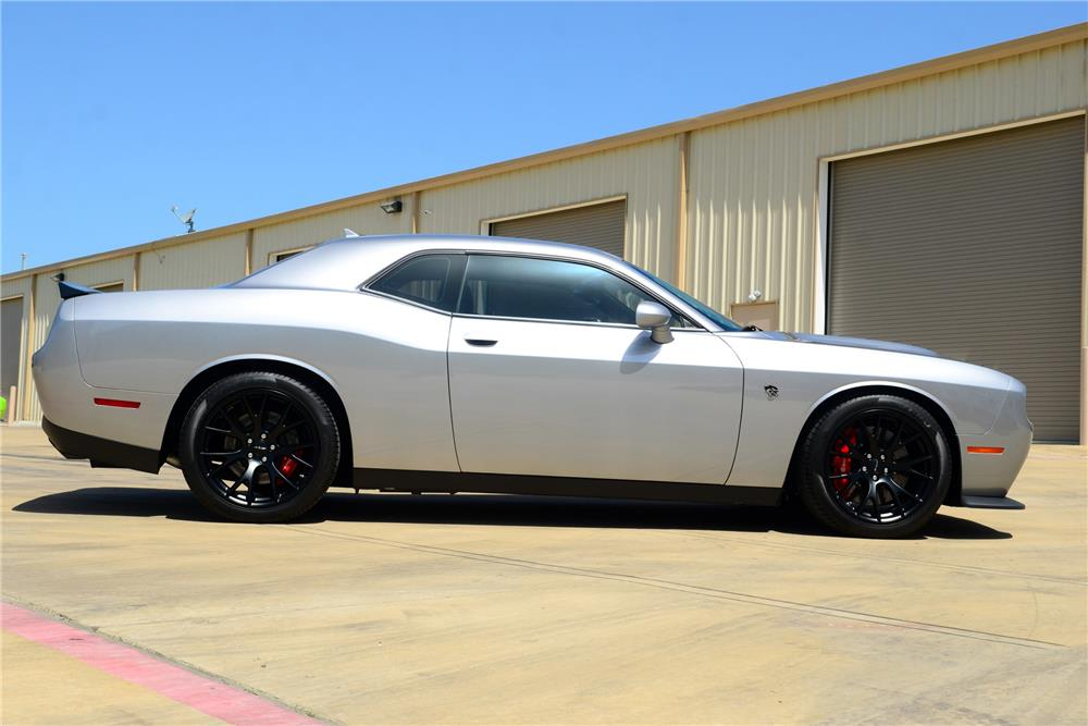 2015 dodge challenger srt hellcat side profile 185579