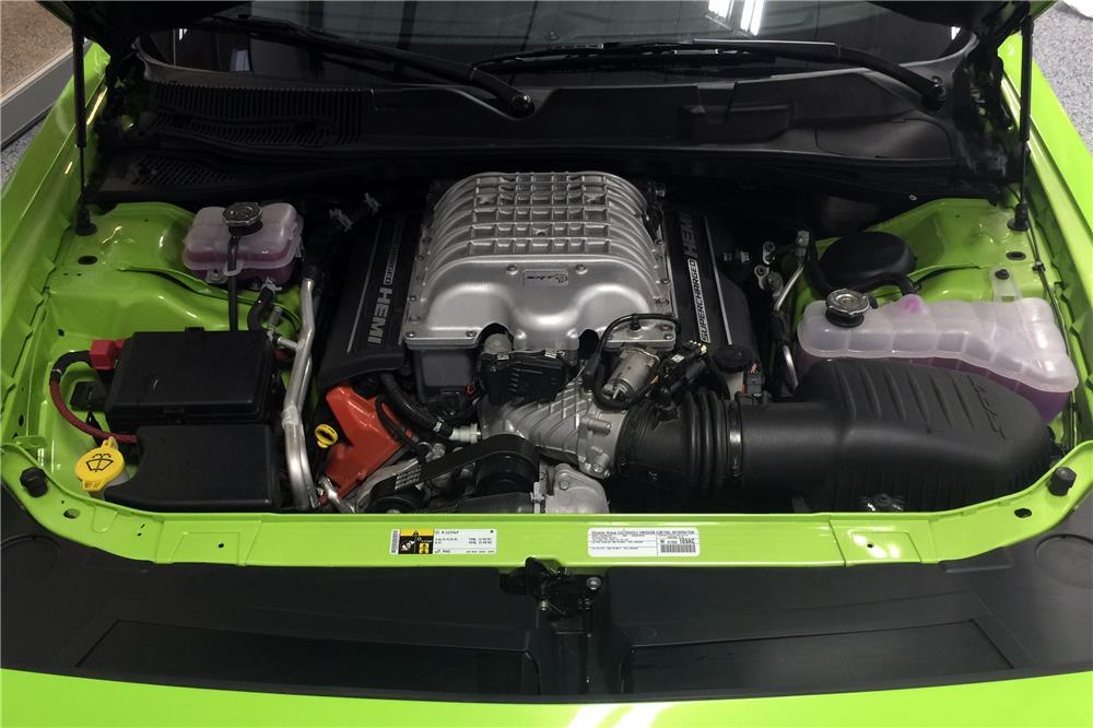 2015 DODGE CHALLENGER SRT HELLCAT - Engine - 185580