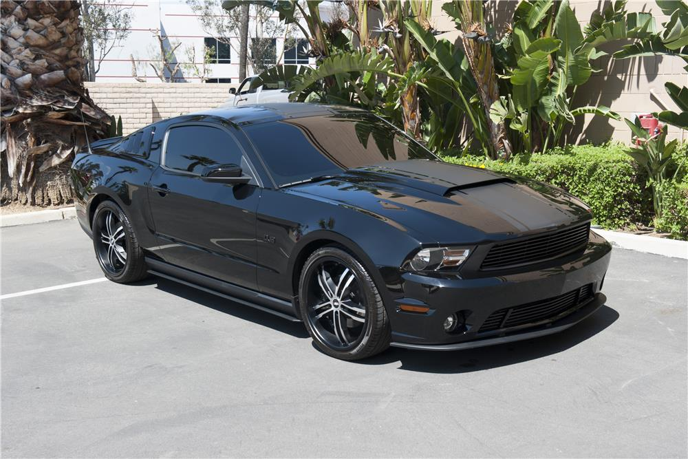 2011 FORD MUSTANG CUSTOM DUB EDITION - Front 3/4 - 185588