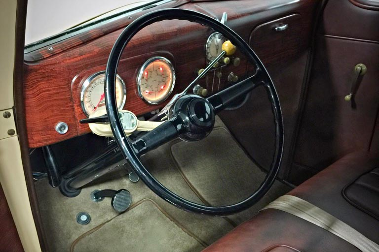 1937 FORD DELUXE CUSTOM COUPE - Interior - 185613