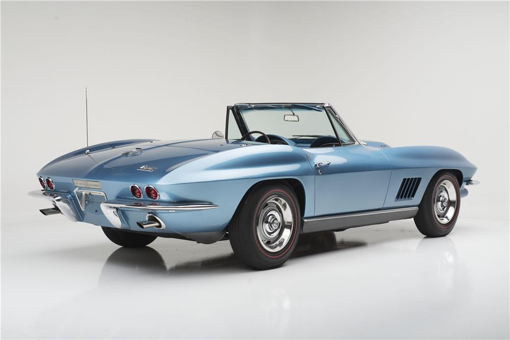1967 CHEVROLET CORVETTE 427 CONVERTIBLE - Rear 3/4 - 185616
