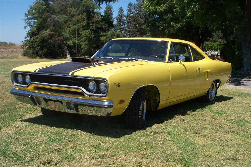 1970 PLYMOUTH ROAD RUNNER  - Front 3/4 - 185627