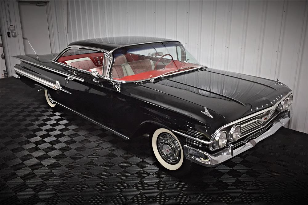 1960 CHEVROLET IMPALA SPORT COUPE - Front 3/4 - 185648