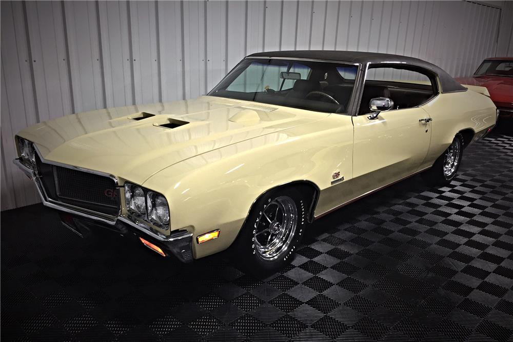 1970 BUICK GS455  - Front 3/4 - 185651