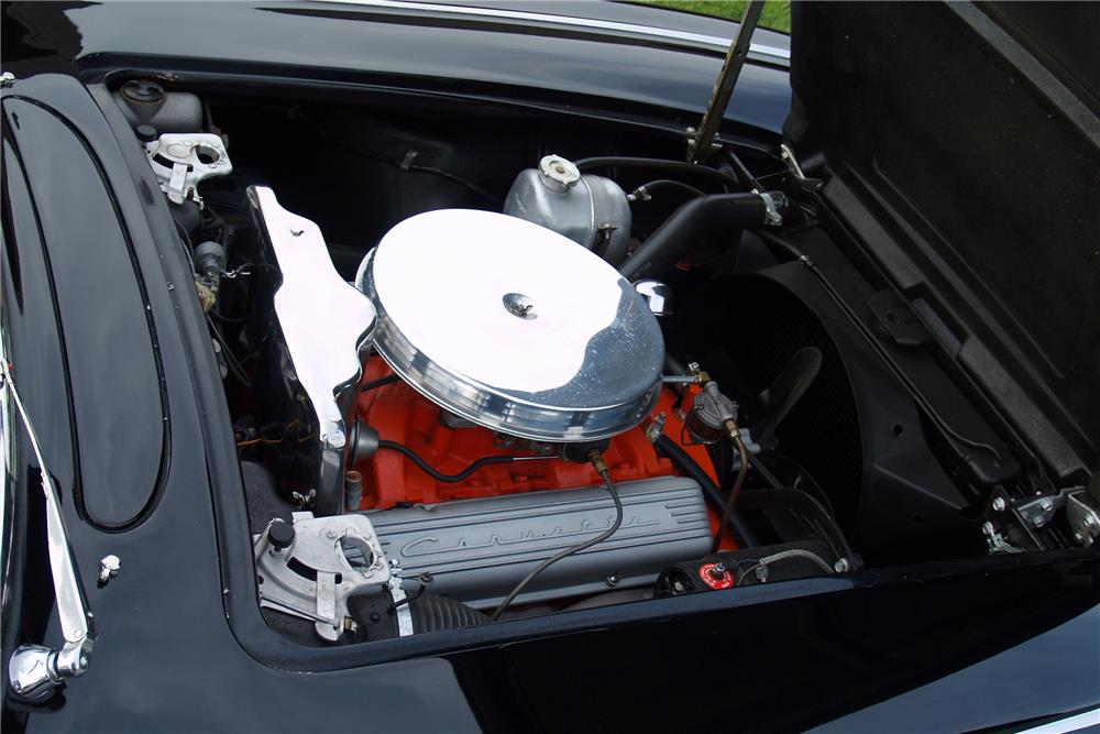 1962 CHEVROLET CORVETTE CONVERTIBLE - Engine - 185658
