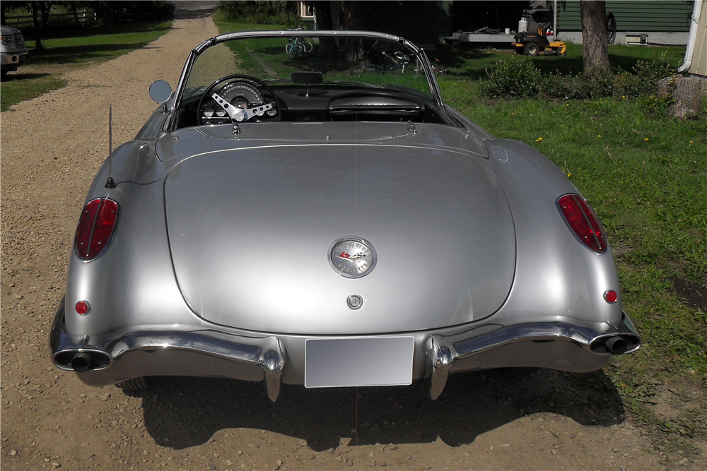 1959 CHEVROLET CORVETTE CONVERTIBLE - Rear 3/4 - 185721