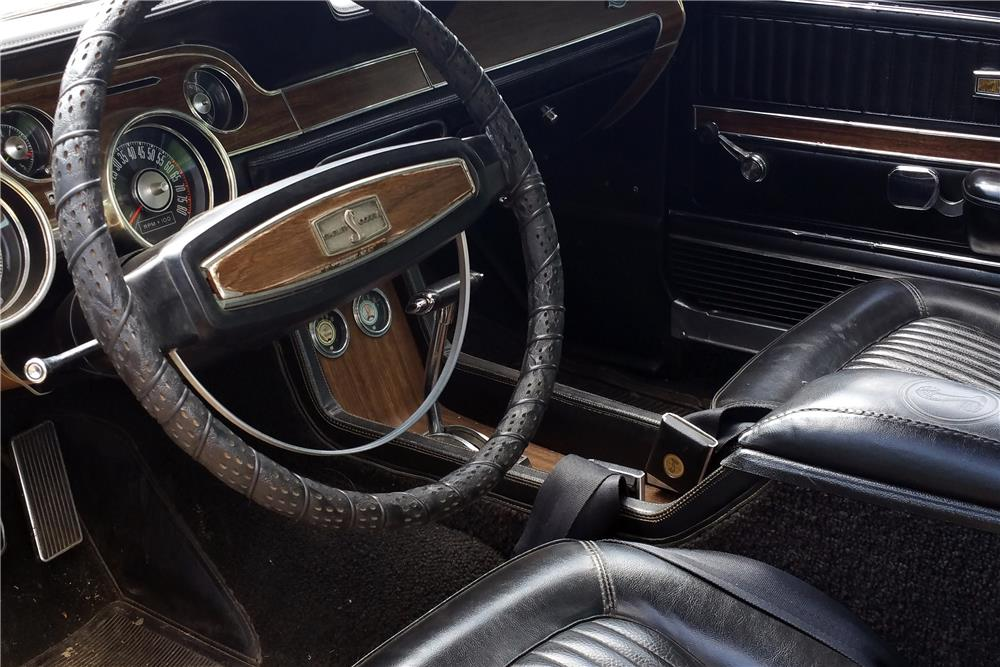 1968 SHELBY GT500 CONVERTIBLE - Interior - 185762