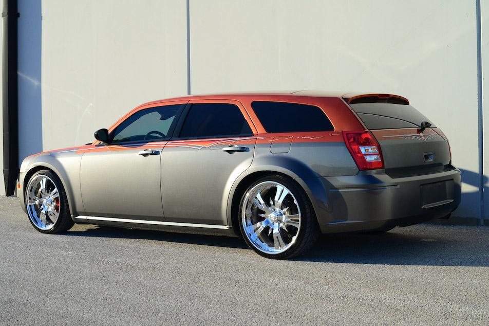 2005 DODGE MAGNUM CUSTOM STATION WAGON - 185770