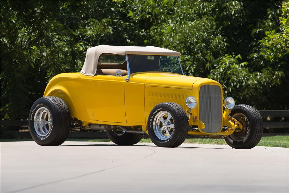 1932 FORD HI-BOY CUSTOM ROADSTER - Front 3/4 - 185786