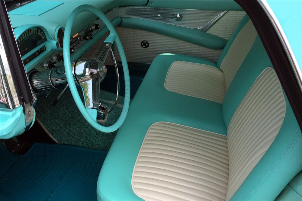 1955 FORD THUNDERBIRD CONVERTIBLE - Interior - 185790