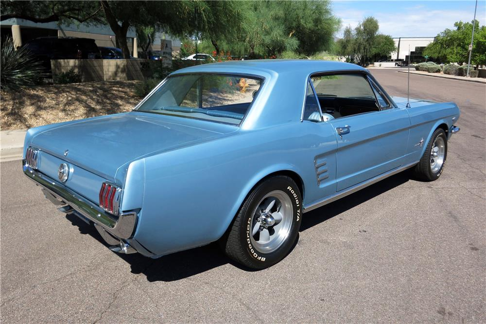 1966 FORD MUSTANG  - Rear 3/4 - 185791