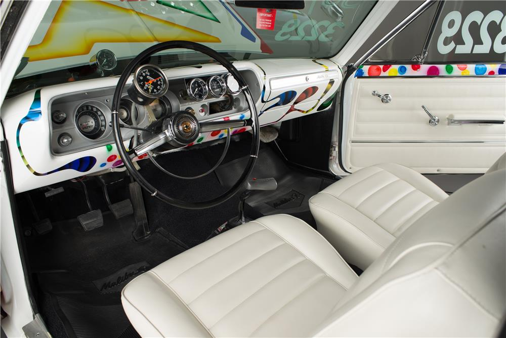 1965 CHEVROLET CHEVELLE CUSTOM CONVERTIBLE - Interior - 185827