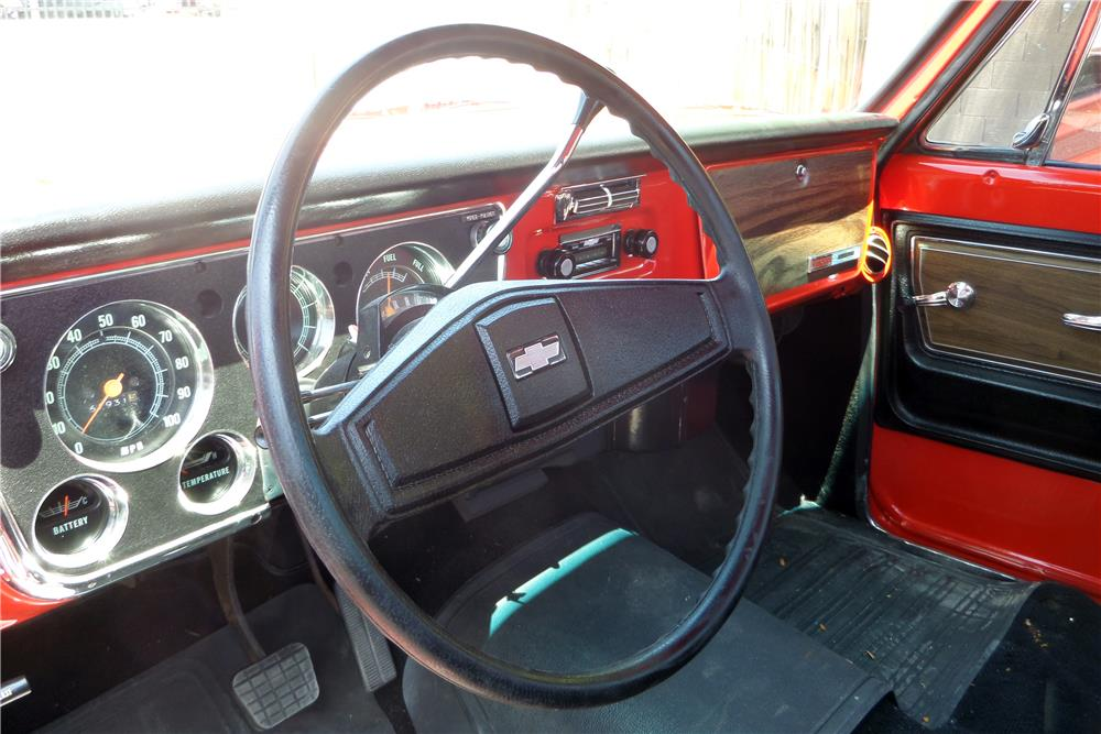 1972 CHEVROLET CHEYENNE PICKUP - Interior - 185849