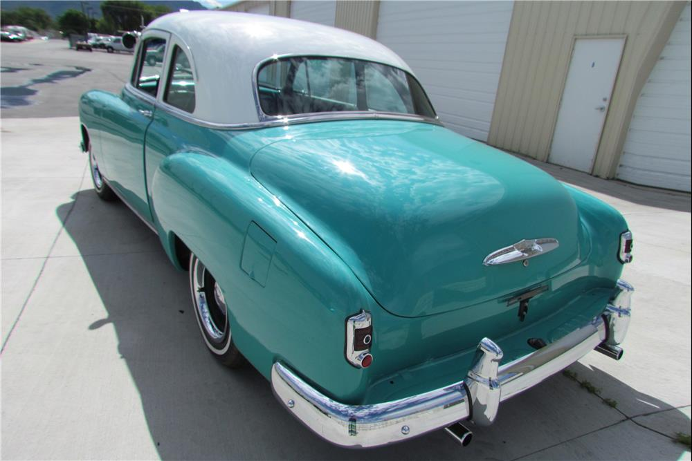 1951 CHEVROLET CUSTOM - Rear 3/4 - 185870